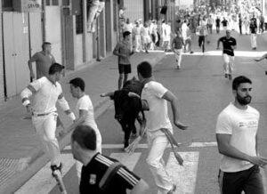 Un momento del último encierro de San Adrián. Fotografía: Miguel Osés.