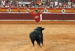 El madrileño Javier Pradanas, campeón del certamen, ejecutando el salto del ángel. Fotografía: Nuria G. Landa.