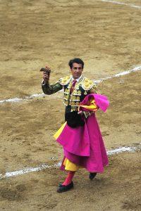 Francisco Marco dio ayer en Tafalla una vuelta al ruedo triunfal. Fotografía: Alberto Galdona.