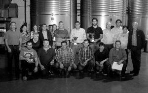 Representantes de las ganaderías premiadas, del ayuntamiento, de Bodega Alore y de Toropasión. Fotografía: Puskas.