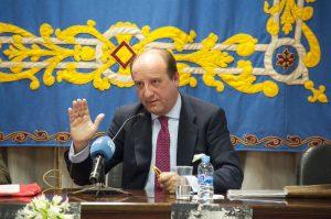 Joaquín Moeckel, en un momento de la presentación de su ponencia en la Universidad Pública de Navarra.