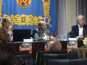 De izda. a dcha., Antonio Purroy, Carlos Buxadé, directores de las jornadas, y el ponente Juan José Márquez.