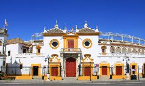 Fachada de la Maestranza de Sevilla.