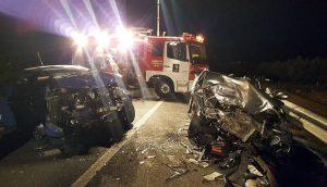 Estado en el que quedaron los dos vehículos accidentados. Fotografía: Diario La Rioja.