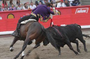 Al igual que el año pasado, 'Barrabas' toreó de salida en Apizaco.