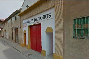 Fachada de la plaza de toros de Fitero.
