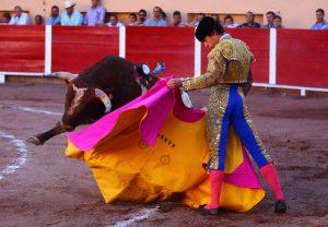 Verónica de Toñete al que cerró plaza en Aguascalientes. Fotografía: Emilio Méndez.