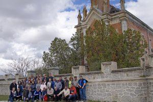 El grupo de aficionados, en Conde de Mayalde. Fotografía: Navara Taurina-López Alemán.