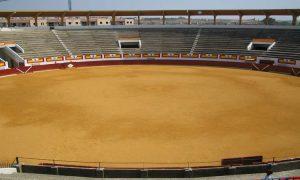 Panorámica del interior de la plaza de toros de Ejea de los Caballeros.