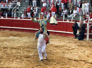 Joselillo consiguió una merecida salida a hombros en Sangüesa.