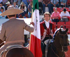 Hermoso en un homenajes de los charros mexicanos que recibió hace unos años.