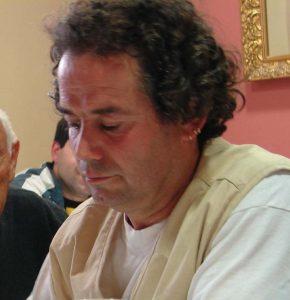 Goio Arraiza, hace unos años, en una reunión de Amicasna.