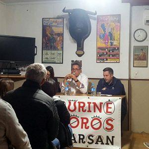 José Antonio Baigorri en un momento de su charla en Mont de Marsan. Fotografía: Patri Pincha.