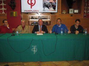 Un momento de la charla de los Mariscal en el Club Taurino de Pamlona. Fotografía: Miguel Monreal.