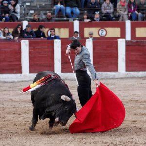 Ayudado de Toñete en la plaza de Talavera de la Reina. Fotografía: Julio César Sánchez.