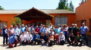Los socios del Club Taurino de Pamplona en la finca El Montecillo, en Milagro.