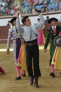 Guillermo Hermoso de Mendoza debutó en León con magnífico pie.