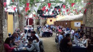 La comida de hermanda fue un auténtico éxito en cuanto a participación y ambiente.