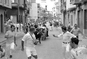 Un momento del encierro de Hermanas Azcona en San Adrián.