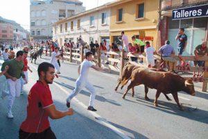 Los novillos de Eulogio Mateo han 'volado' por las calles lodosanas.