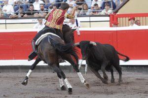 El debutante Guillermo Hermoso de Mendoza dejó una buena imagen en Bilbao.
