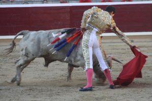 Derechazo de Joselillo al jabonero 'Farolero'.