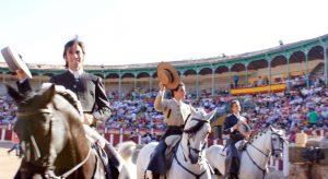 Roberto Armendáriz en Talavera de la Reina tras el paseíllo. Fotografía: Luis Muñoz.