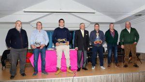 De izquierda a derecha: Pablo García, Javier Magallón, Víctor Ustárroz, Juan José Cerdán, Pedro Domínguez, Alberto Magallón y Esteban Ustárroz. Fotografía: Luis Miguel Chaverri.