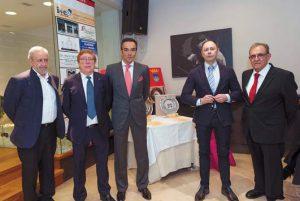 De izda. a dcha., Juan Ramón Díez, Carlos Lasheras, El Cid, el edil José Ángel Andrés y Agustín Albo. Fotografía: Blanca Aldanondo.