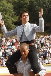 Guillermo Hermoso de Mendoza consiguió en Atizapán de Zaragoza la quinta salida a hombros de su campaña mexicana.