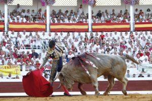 Derechazo de Toñete en Dax ante el toro de Jandilla que cerró plaza.