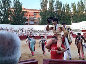 López Simón y Fernández salen a hombros en la plaza navarra de Estella.
