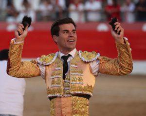 6. Rubén Pinar pasea dos orejas