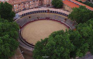 Vista aérea de la plaza de toros de Tafalla.