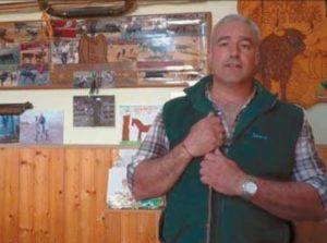 Eulogio Mteo, uno de los muchos ganaderos navarros afectados por la situación económica.. Fotografía: Vaquero.