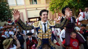 Toñete salió a hombros el año pasado en Tudela, en la que fue su presentación en Navarra como matador de toros.