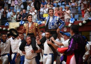 Pablo y Guillermo Hermoso de Mendoza torearon hace dos años mano a mano en San Sebastián y salieron a hombros. Fotografía: André Viard.